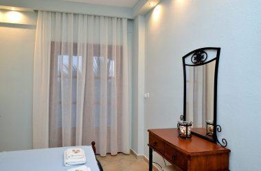2 κλίνα studio στο 2ο όροφο